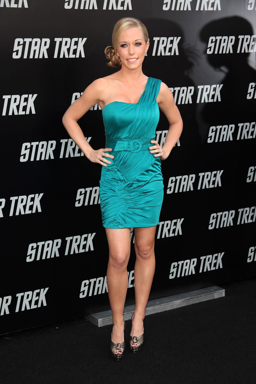 11883_Kendra_Wilkinson_Star_Trek_Premiere_in_Los_Angeles_17_www.hqparadise.hu_122_1195lo.jpg