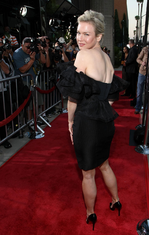 17354_Celebutopia-Renee_Zellweger-Appaloosa_premiere_in_Beverly_Hills-24_122_1188lo.jpg