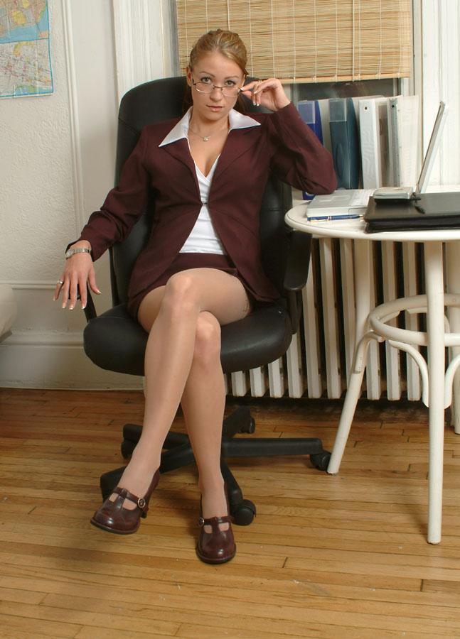 43755_office_pic10_123_449lo.jpg