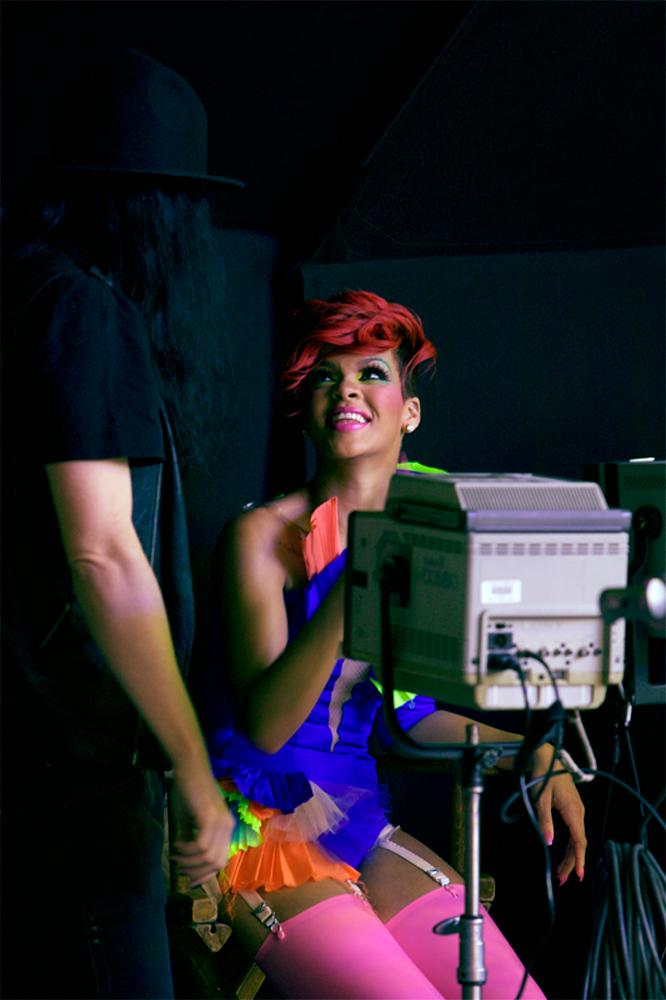 83089_RihannaDoritosLateNightCampaignBehindTheScenes_05_122_574lo.jpg