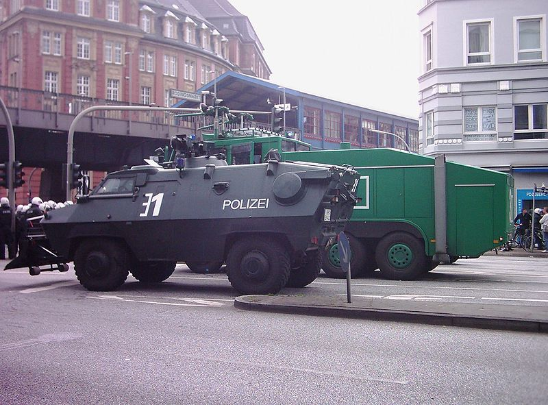 44638_800px_ASEM_Demonstration_Hamburg_006_122_336lo.jpg