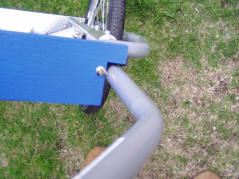 44358_bike_trailer_513_122_619lo.JPG