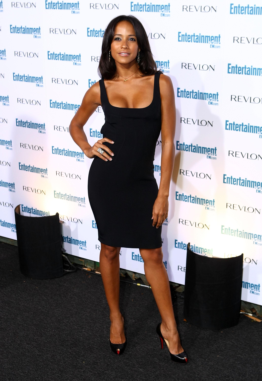 99561_Celebutopia-Dania_Ramirez-Entertainment_Weekly80s_Sixth_Annual_Pre-Emmy_Celebration_party-07_122_879lo.jpg