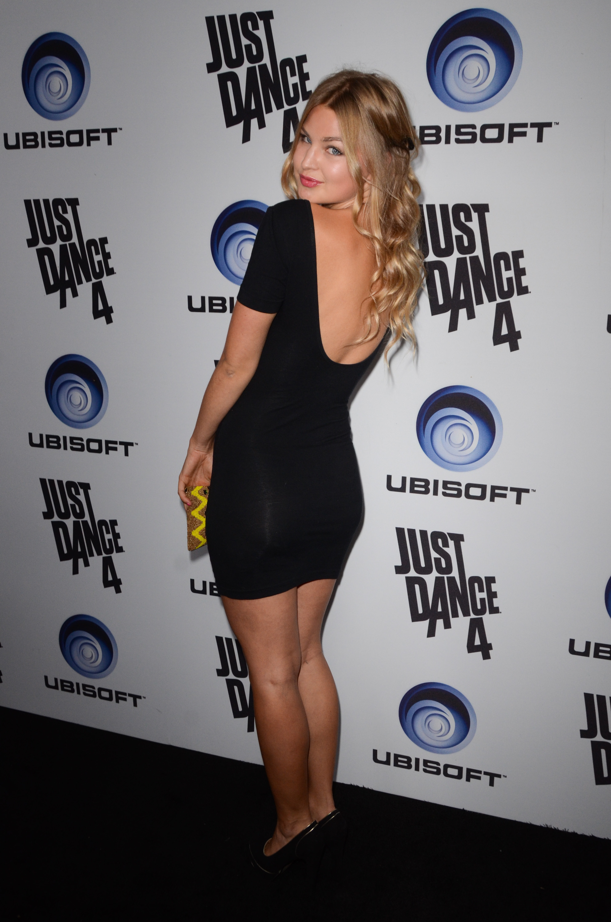 312556993_JenniferAkerman_JustDance4Launch_13_122_351lo.jpg