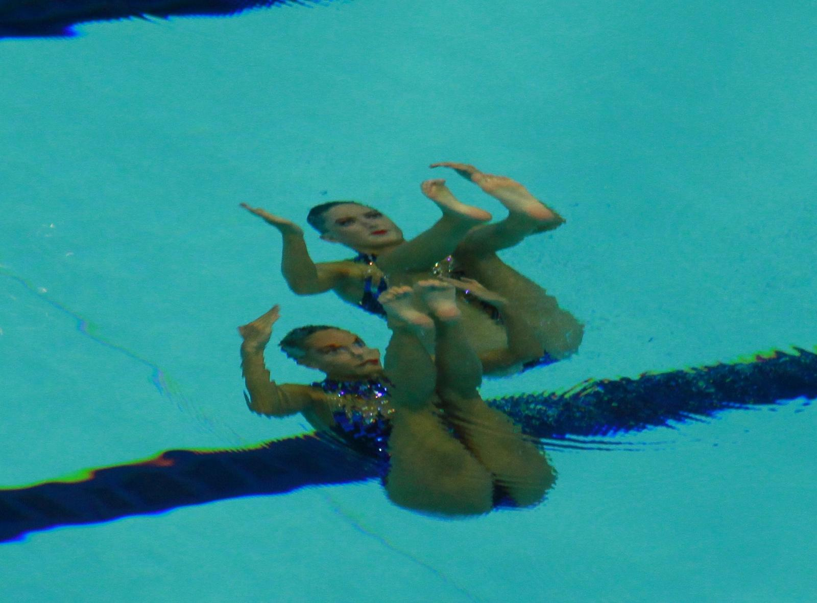 546987932_GreatBritainSynchronisedSwimming20_122_116lo.jpg
