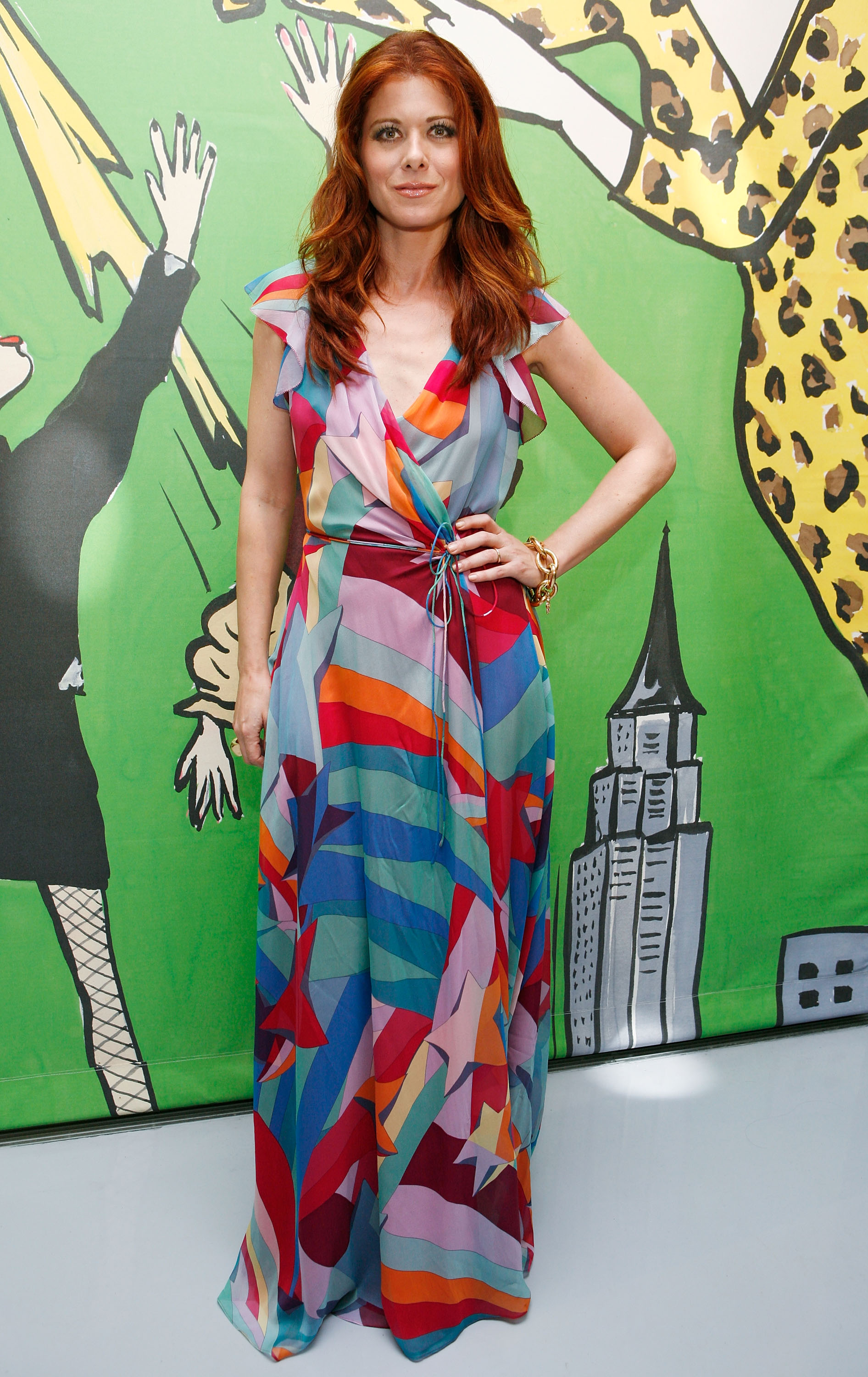 98074_Celebutopia-Debra_Messing-Launch_of_Diane_Von_Furstenberg56s_Wonder_Woman_collection-03_122_899lo.jpg