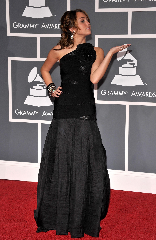 47566_Miley_Cyrus_celebutopia.net_579_122_1088lo.jpg
