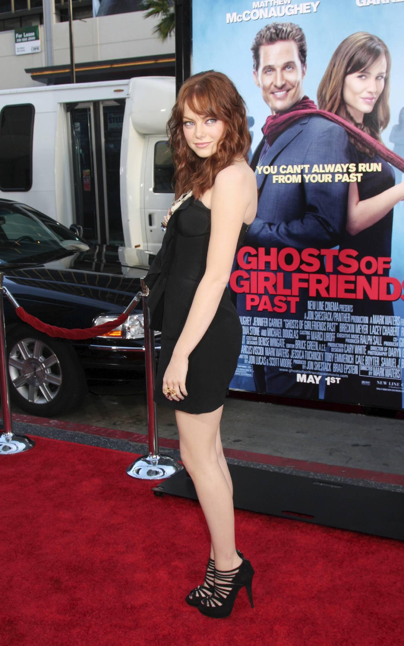 27655_emma_stone_ghosts_of_girlfriends_past_premiere_tikipeter_celebritycity_004_122_60lo.jpg