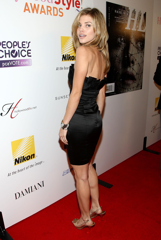 96893_Celebutopia-AnnaLynne_McCord-Hollywood_Life01s_5th_annual_Hollywood_Style_Awards-03_122_928lo.jpg
