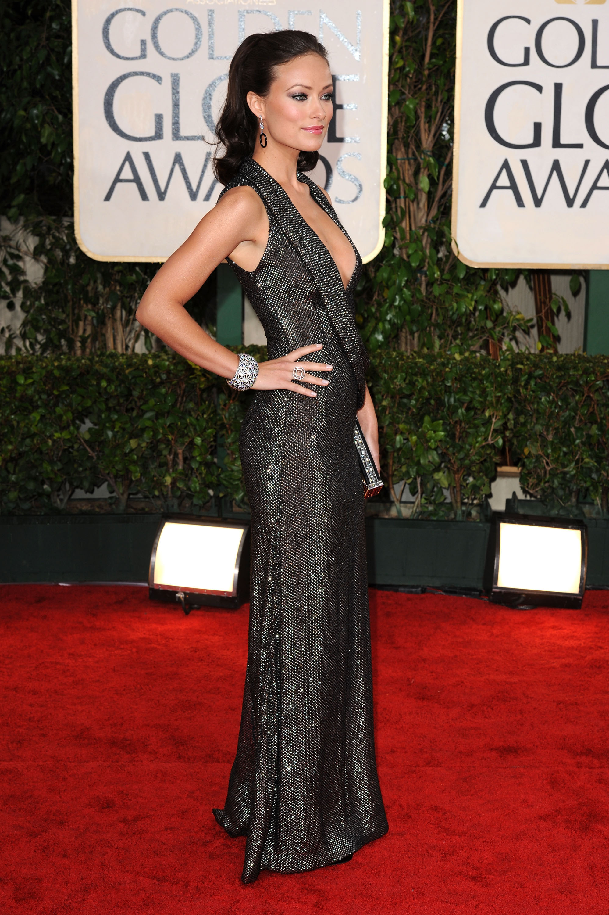 78084_Olivia_Wilde_arrives_at_the_67th_Annual_Golden_Globe_Awards-10_122_498lo.jpg