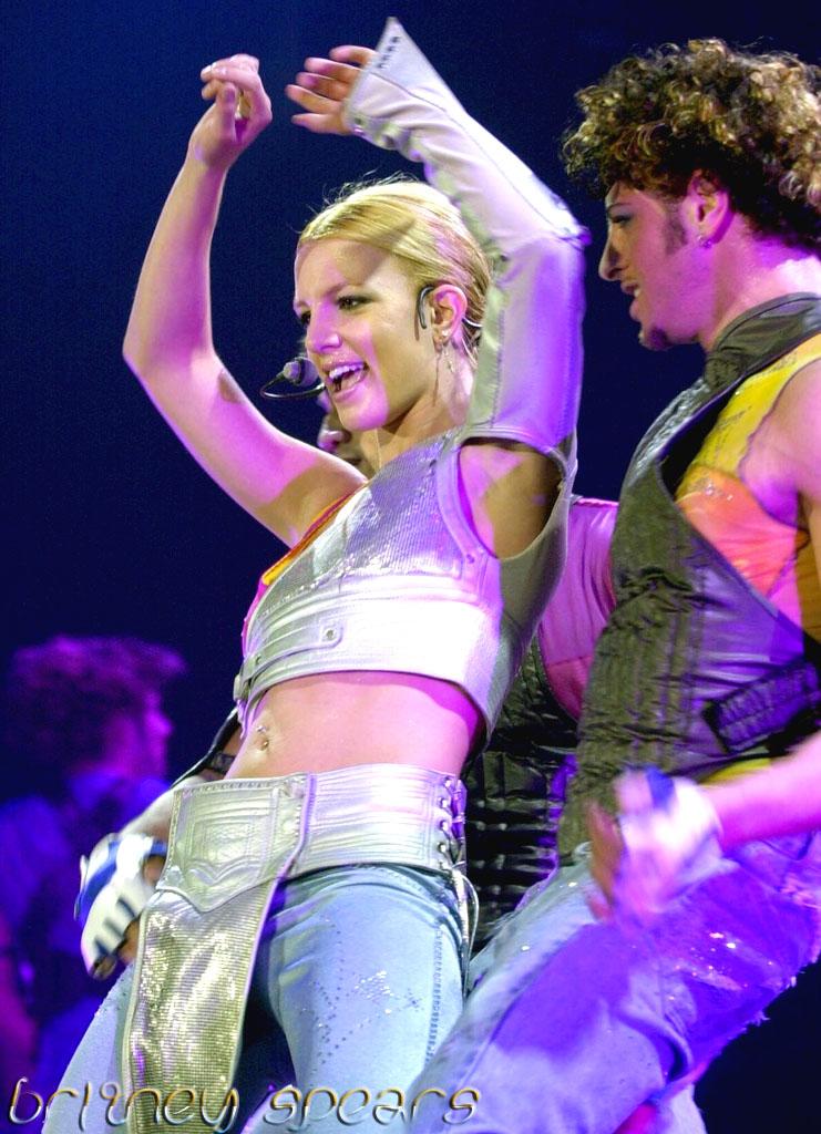 51768_Britney_Spears_-_Stopm-Edit079-Ap--016_122_137lo.Jpg