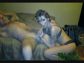 843673242_hot_couple_at_home_on_webcam.avi_snapshot_06.30_2013.11.30_13.04.48_123_246lo.jpg