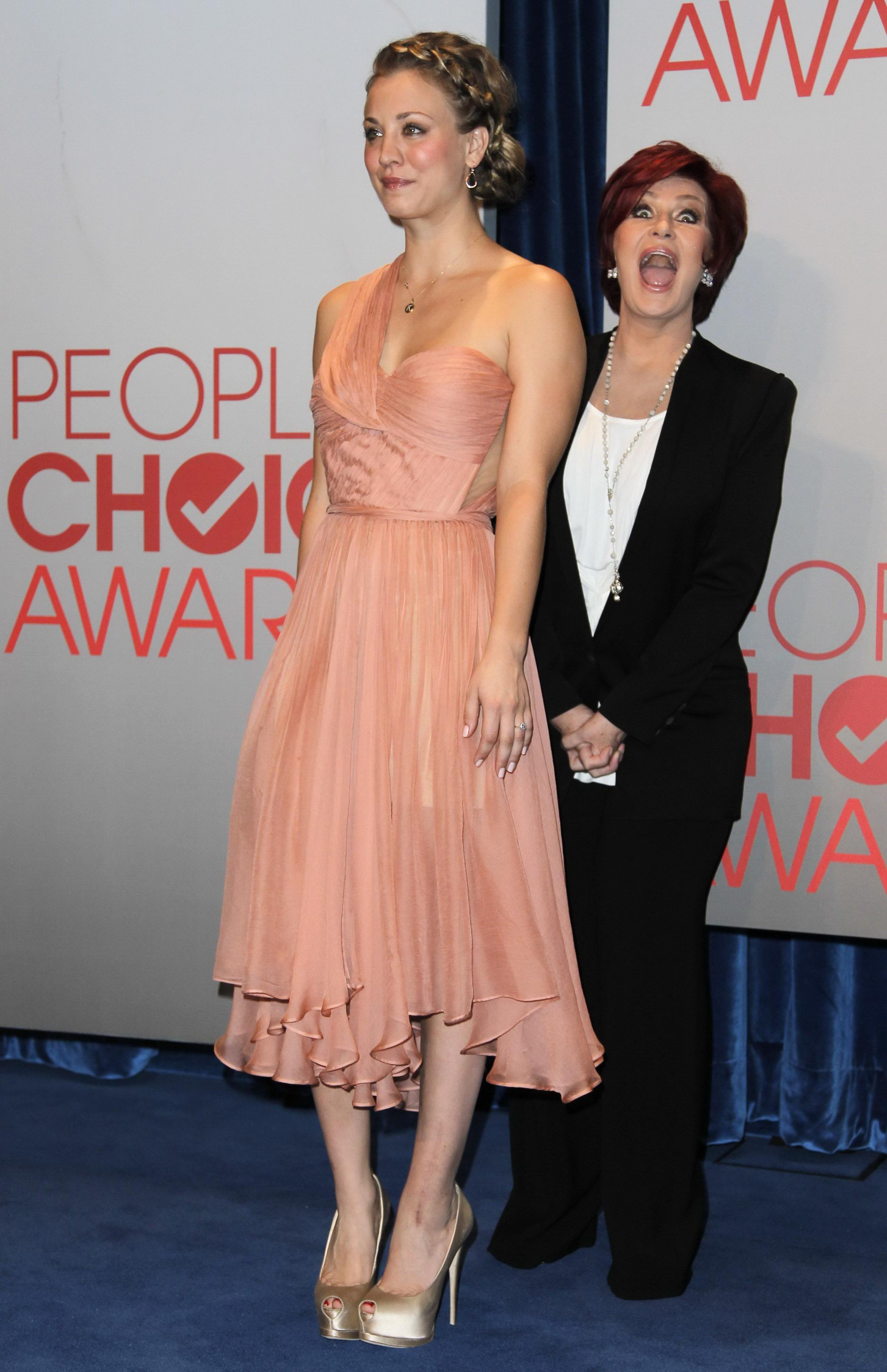 822829568_Kaley_Cuoco_2012_People_Choice_Nominations7_122_120lo.jpg