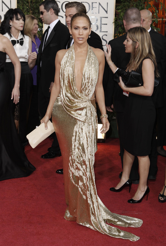 22760_Celebutopia-Jennifer_Lopez_arrives_at_the_66th_Annual_Golden_Globe_Awards-04_122_852lo.jpg