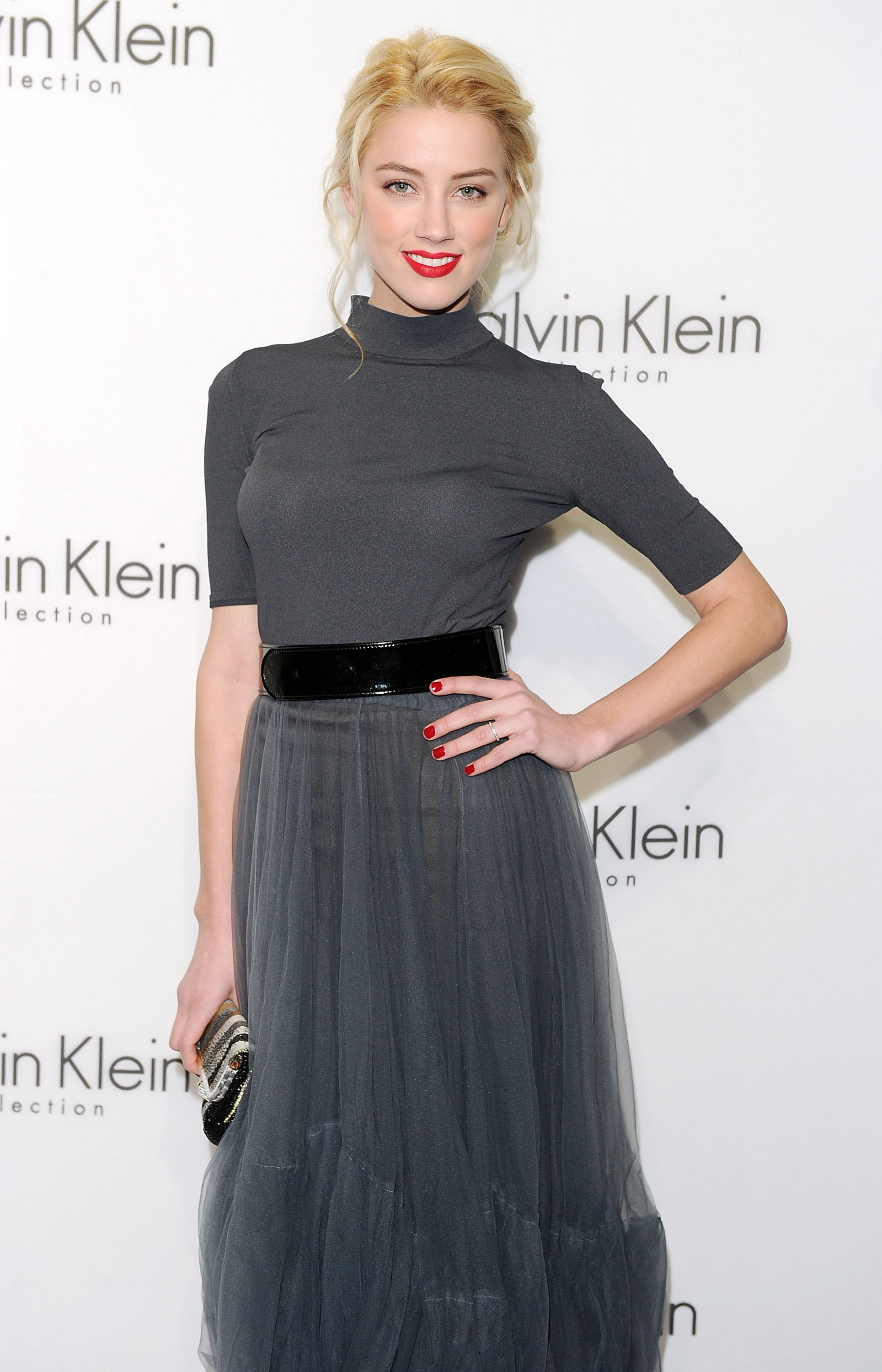 87206_amber_heard_calvin_klein_after_party-2_122_15lo.jpg