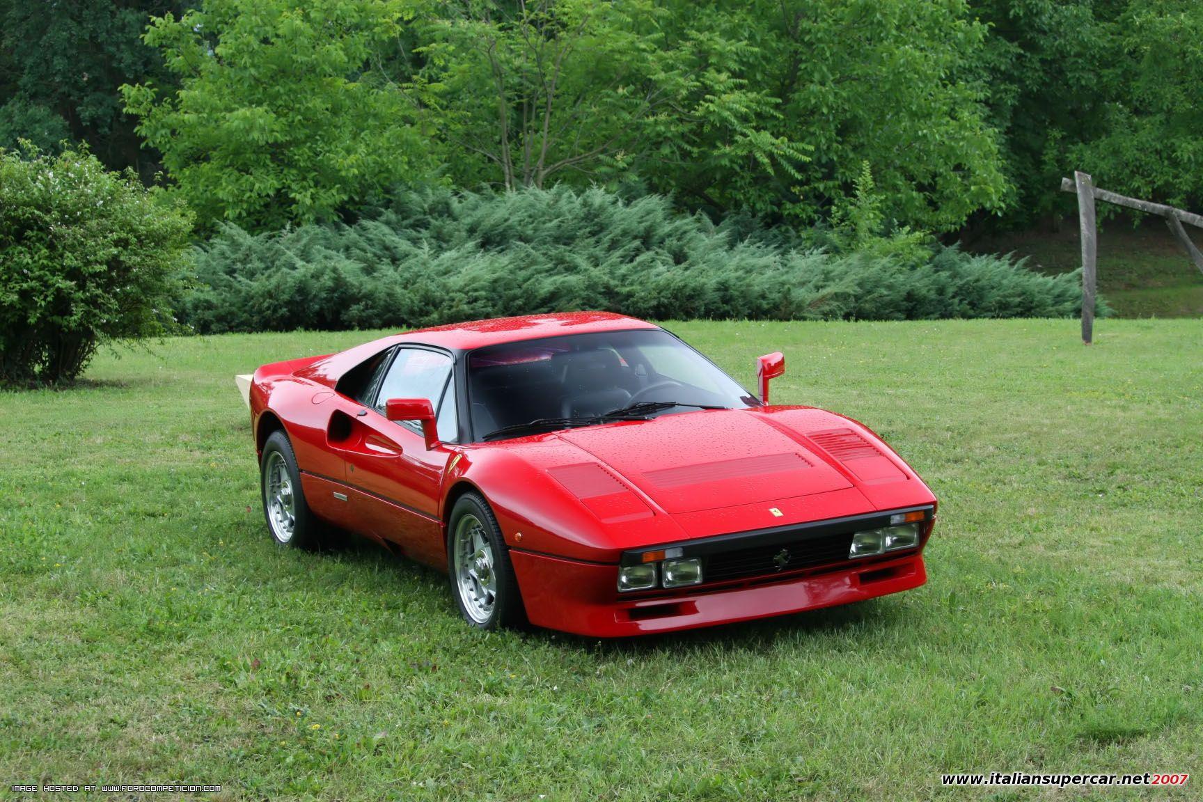 22144_Ferrari_288_GTO_002_122_7lo.jpg