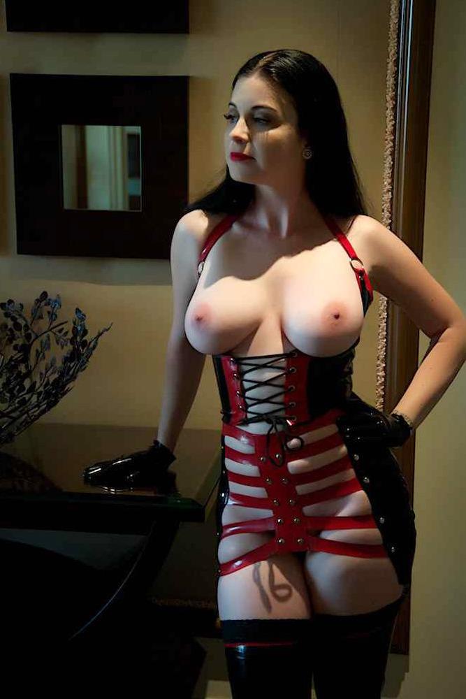 327835953_corset_p5ma0akikp1wqvozro1_1280_123_193lo.jpg