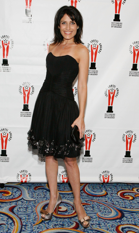 20013_Celebutopia-Lisa_Edelstein-2009_Lucille_Lortel_Awards-01_122_434lo.jpg