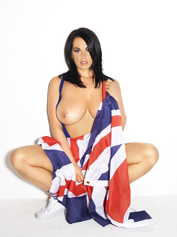 251720209_tduid2346_sarah_britains_big_boobs_kanoni_nuts_8_123_188lo.jpg