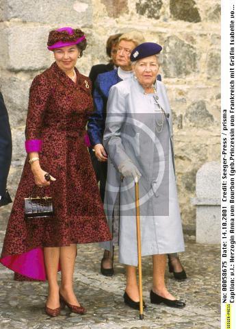 84414_Princess_Anna_de_Bourbon___Countess_of_Paris_122_561lo.jpg