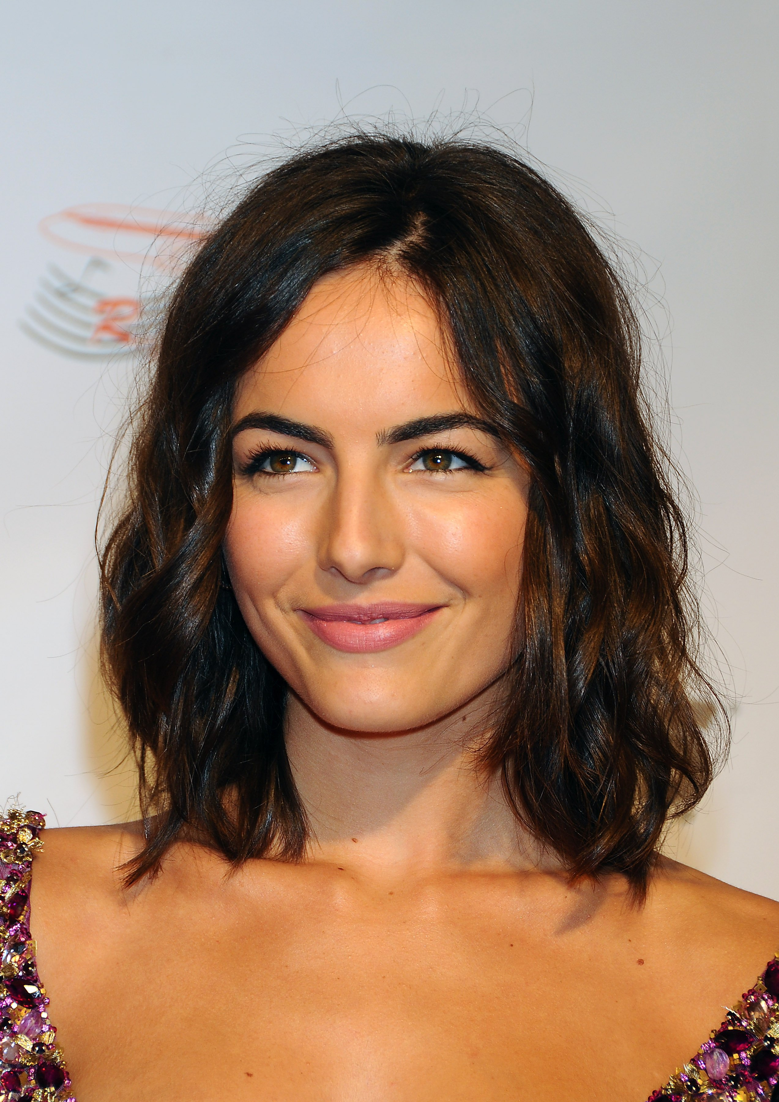 10875_Celebutopia-Camilla_Belle_arrives_at_the_2009_MusiCares_Person_Of_The_Year_Gala-08_122_152lo.JPG