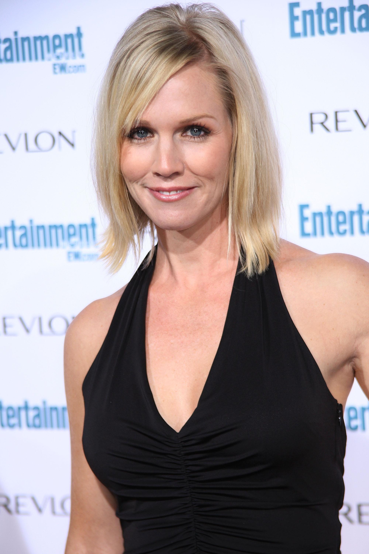 91231_Celebutopia-Jennie_Garth-Entertainment_Weekly41s_Sixth_Annual_Pre-Emmy_Celebration_party-01_122_35lo.jpg