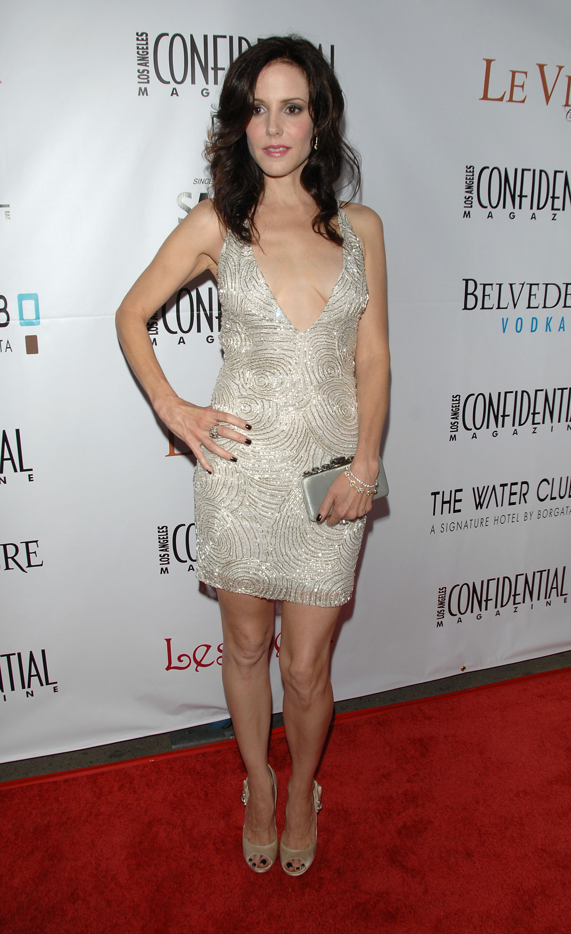 91543_Celebutopia-Mary-Louise_Parker-Los_Angeles_Confidential_Magazine6s_Pre-Emmy_Party-06_122_120lo.jpg