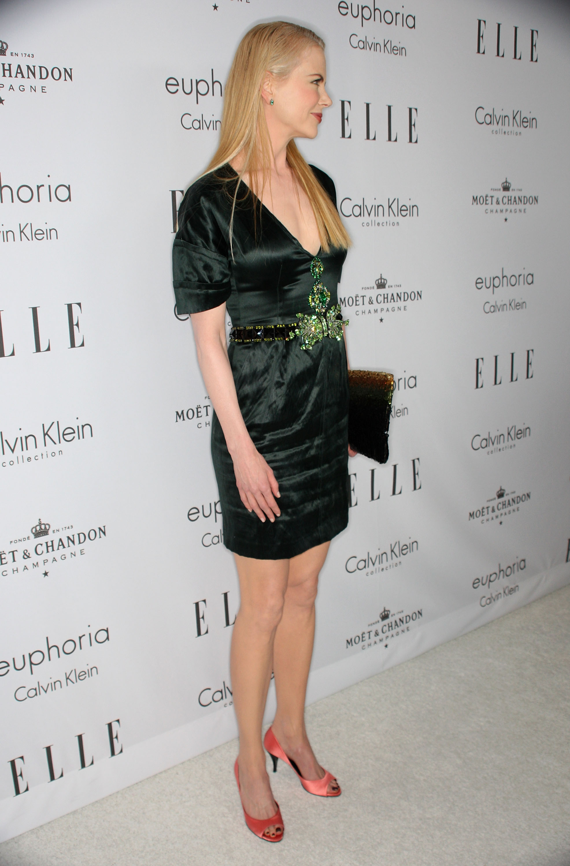 59311_Celebutopia-Nicole_Kidman-15th_annual_Women_In_Hollywood_Tribute_-05_122_34lo.jpg