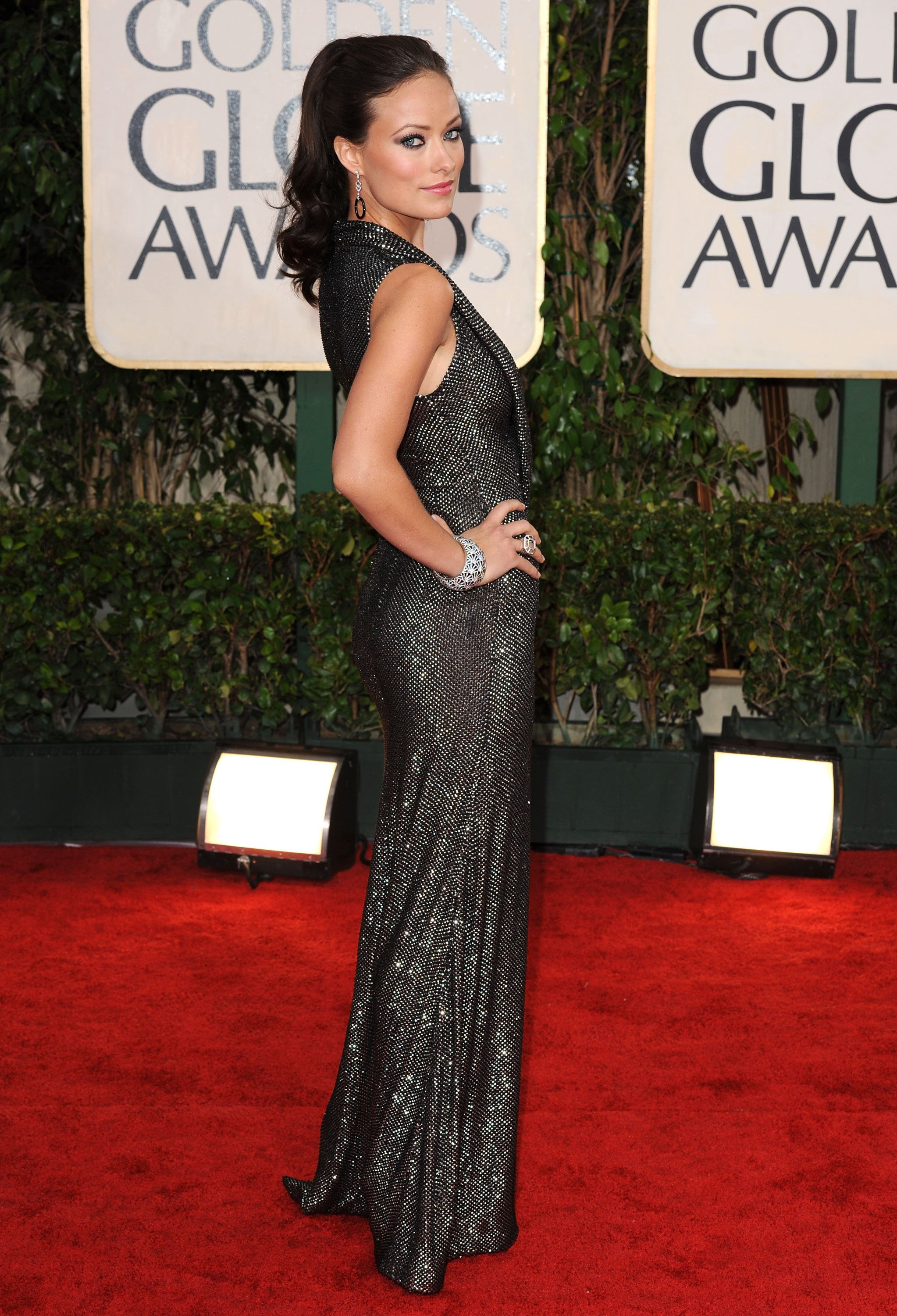 78043_Olivia_Wilde_arrives_at_the_67th_Annual_Golden_Globe_Awards-1_122_35lo.jpg