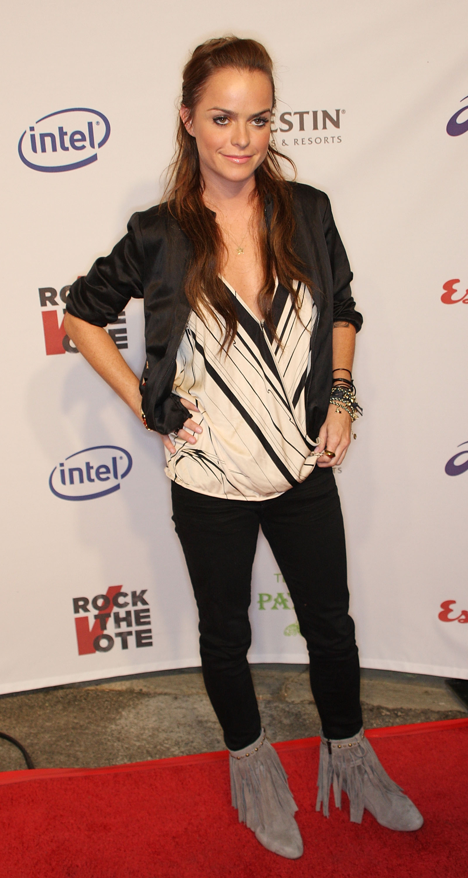 27035_Celebutopia-Taryn_Manning-Esquire_House_Hollywood_Hills_Rock_The_Vote_party-04_122_692lo.jpg