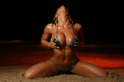 05202_Ava_Cowan_Female_Fitness_model_bikini_model_122_483lo.jpg