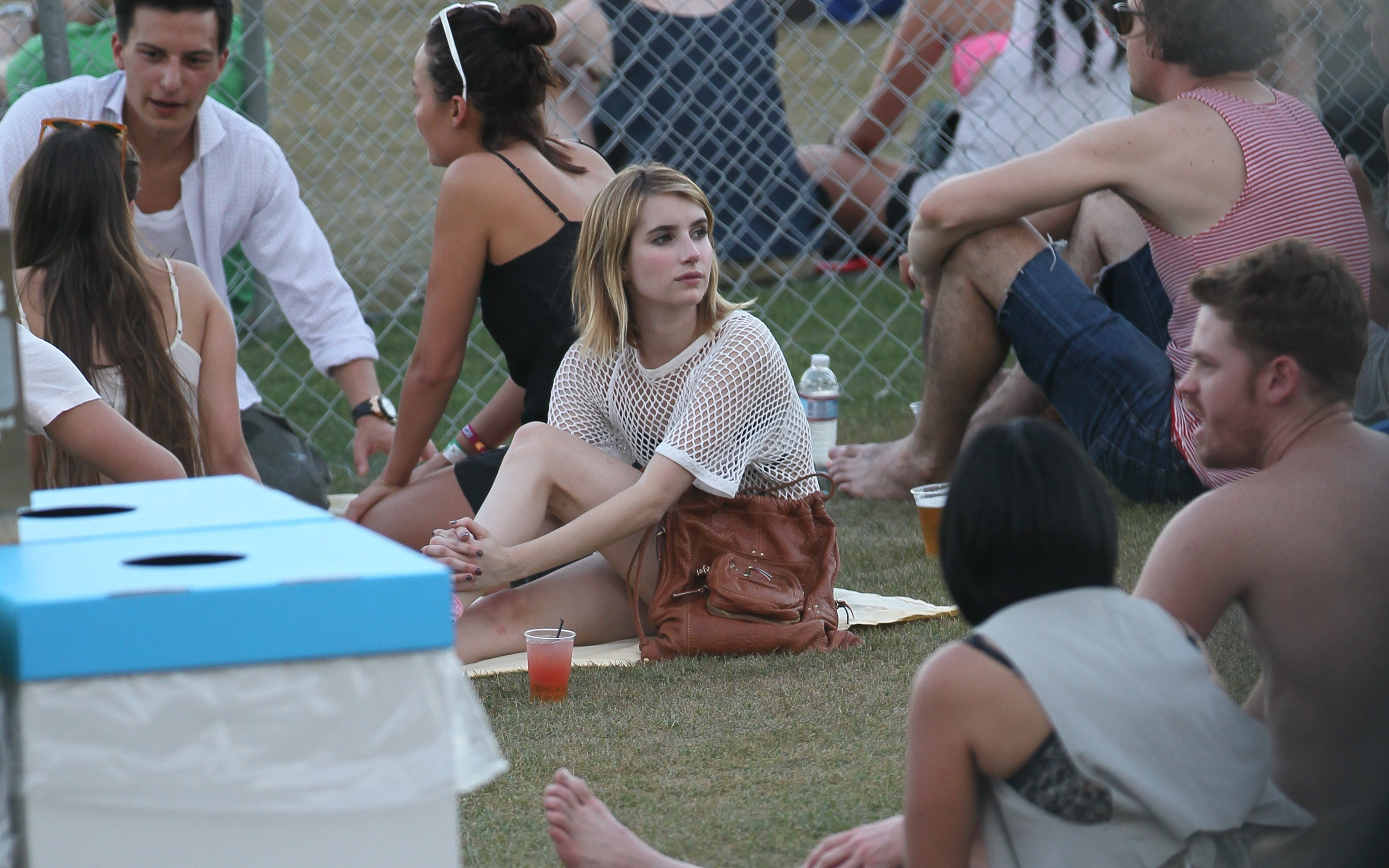 031604662_emma_roberts_bikini_candids_at_the_2012_coachella_valley_music_and_arts_festival_05_122_466lo.jpg