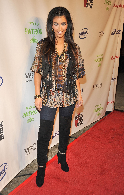 08722_Celebutopia-Kim_Kardashian-Rock_The_Vote-02_122_48lo.jpg