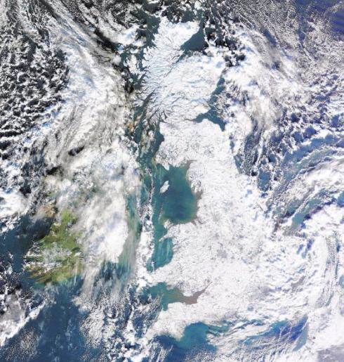 71817_Satellite_Britain_122_805lo.JPG