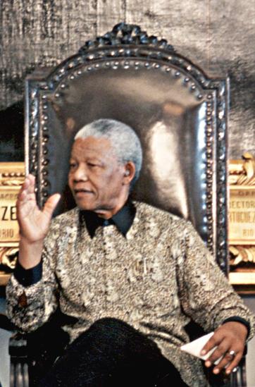 78425_Nelson_Mandela_1998_122_491lo.JPG