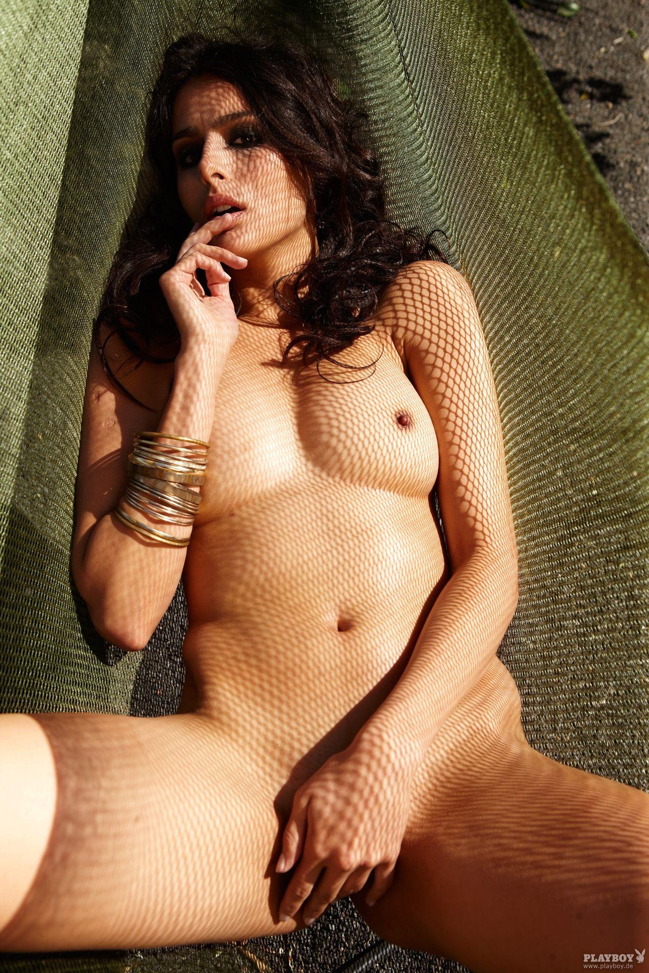 31771_GabrielaMilagre_PlayboyGermany_August201223_123_133lo.jpg