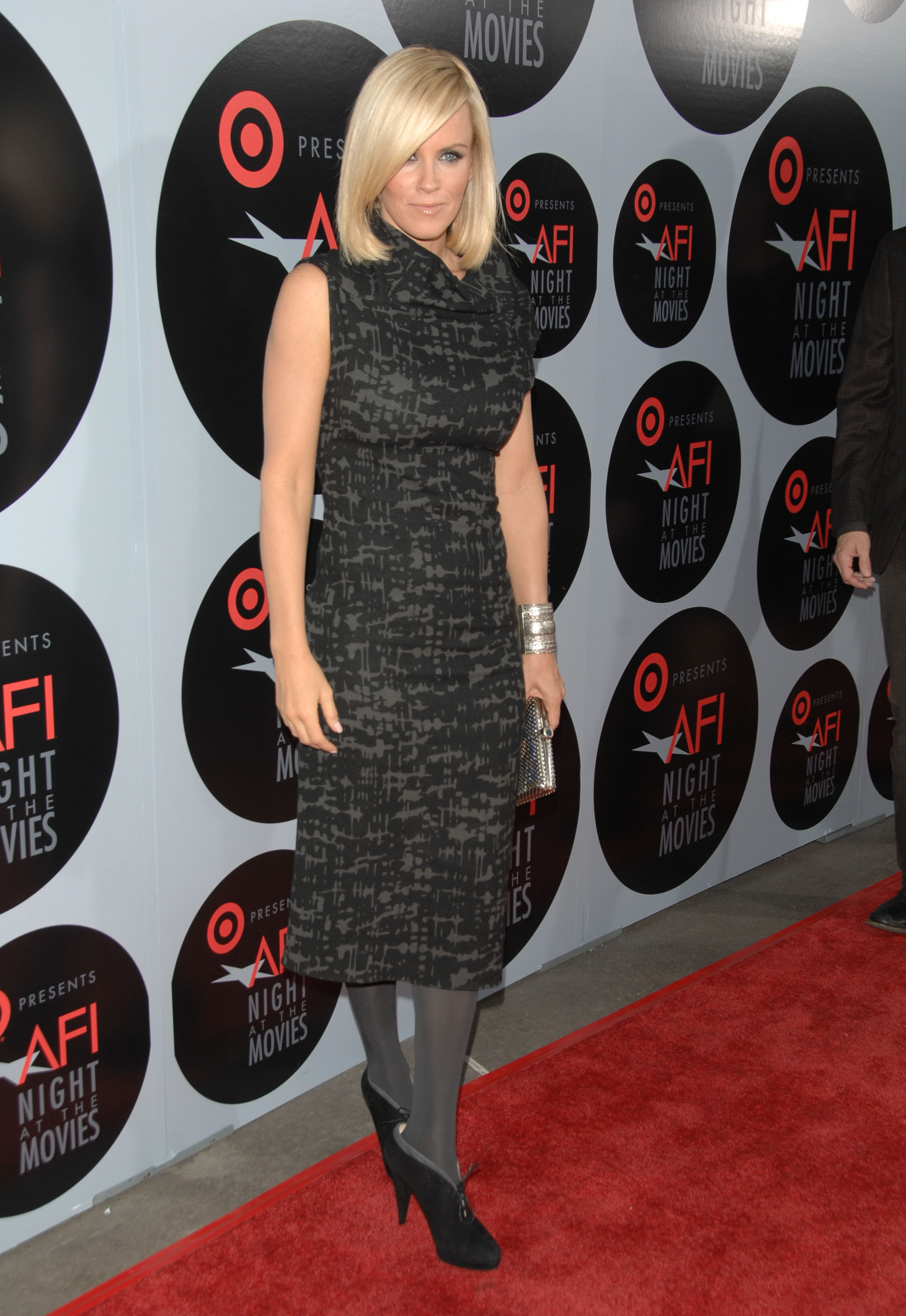 27050_Celebutopia-Jenny_McCarthy-AFI5s_Night_At_The_Movies-04_122_441lo.jpg