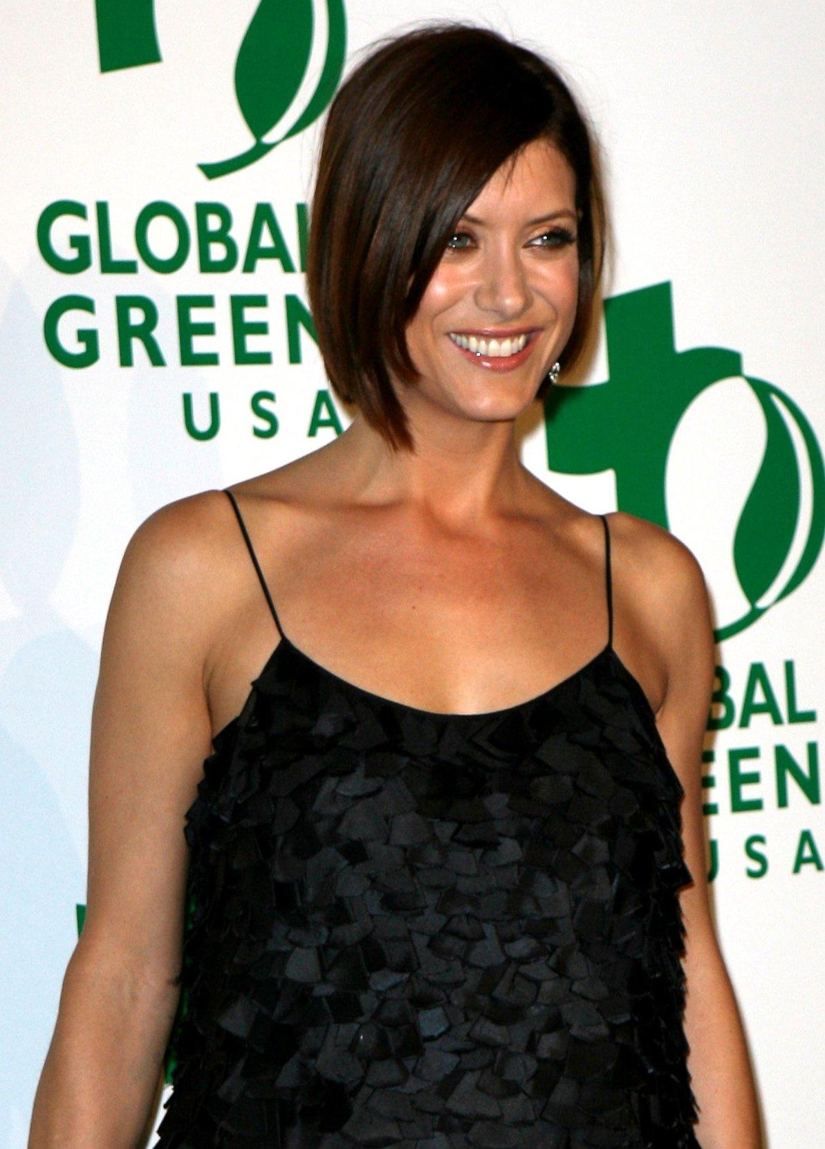 53627_Celebutopia-Kate_Walsh-Global_Green_Pre-Oscar_Party-02_122_620lo.JPG