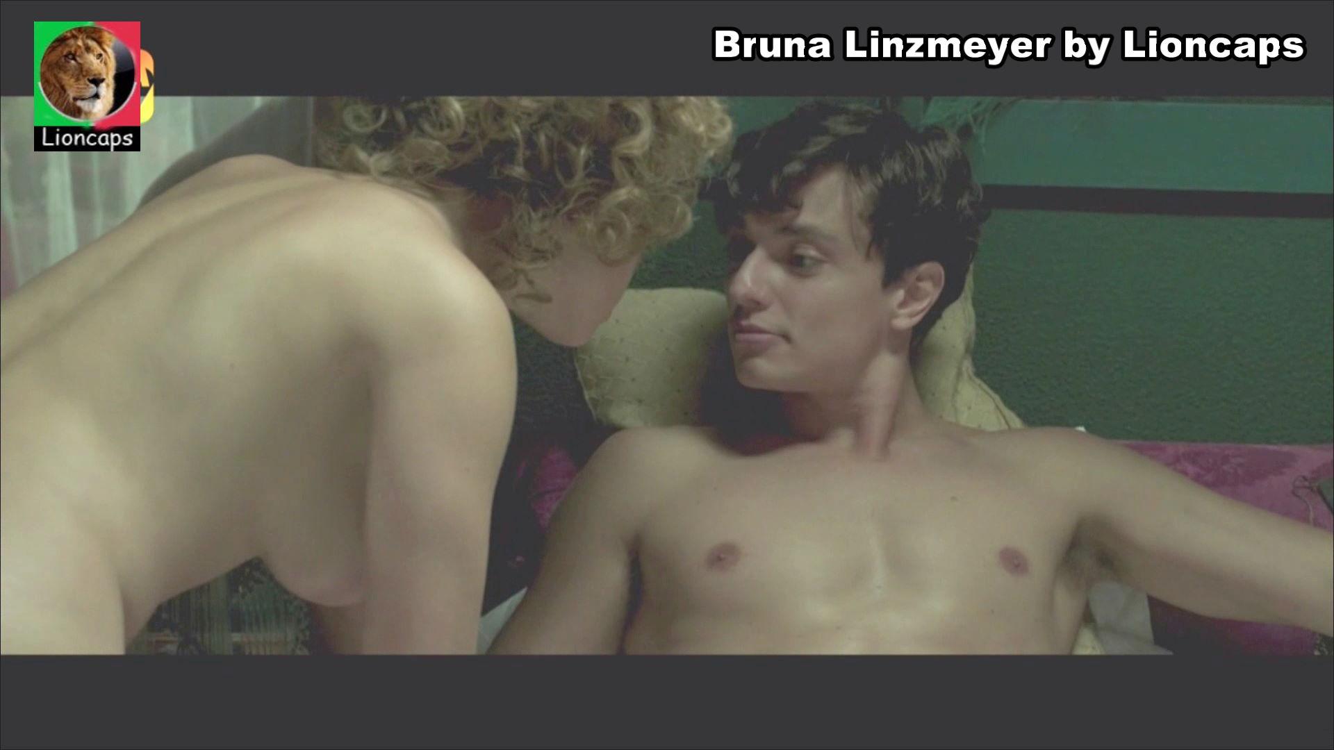 326871835_bruna_linzmeyer_circo_vs190901_0017_123_259lo.JPG