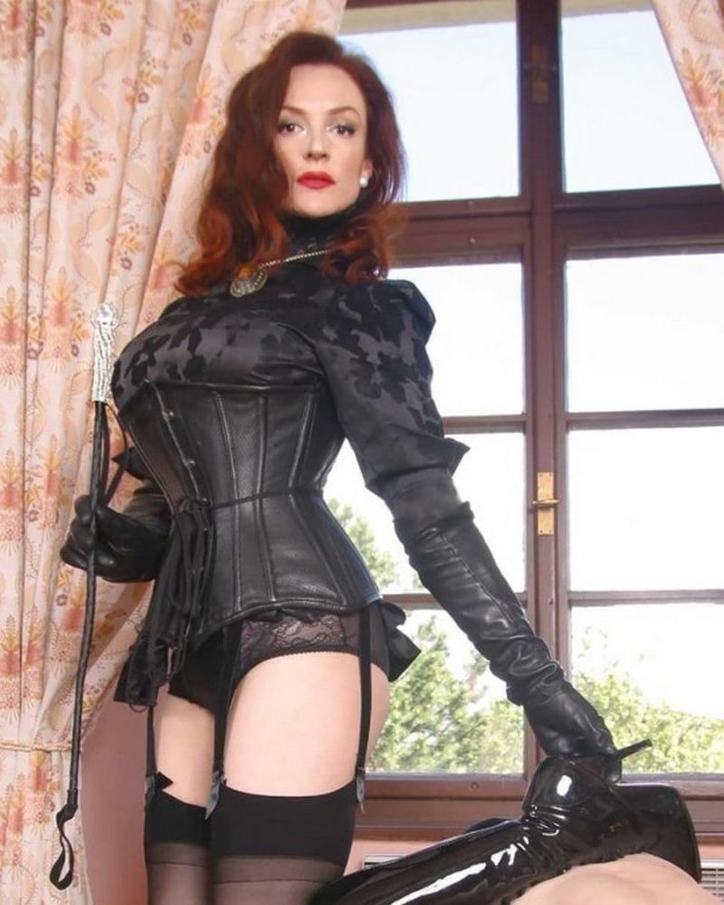 709728428_corset_ptnr2lEDFz1vo268so1_540_123_36lo.jpg
