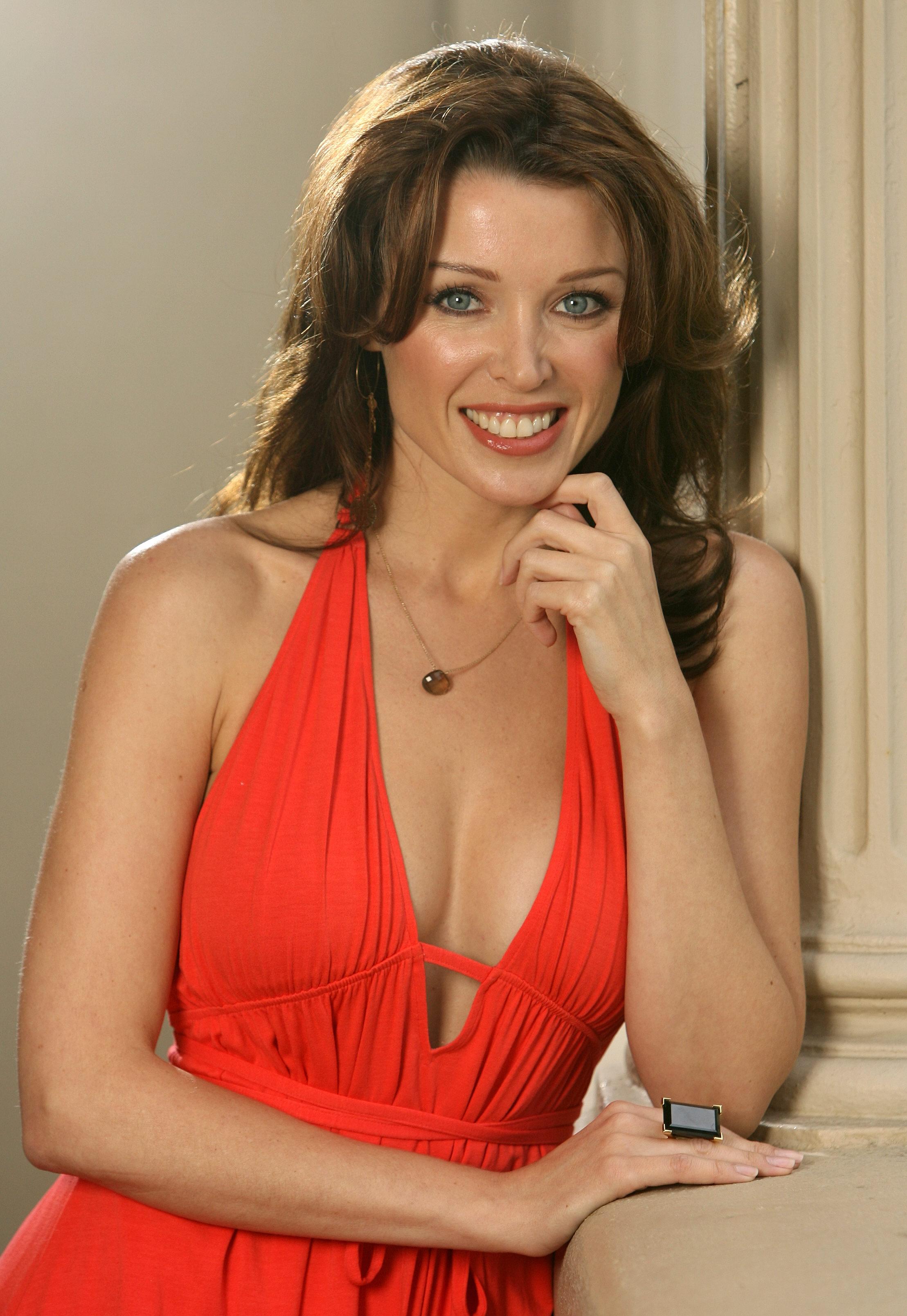 07625_Dannii_Minogue_Craig_Borrow_shoot_04_122_355lo.jpg