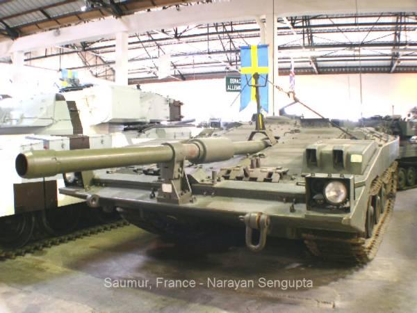 44956_S-tank_Strv_103_002_122_932lo.jpg