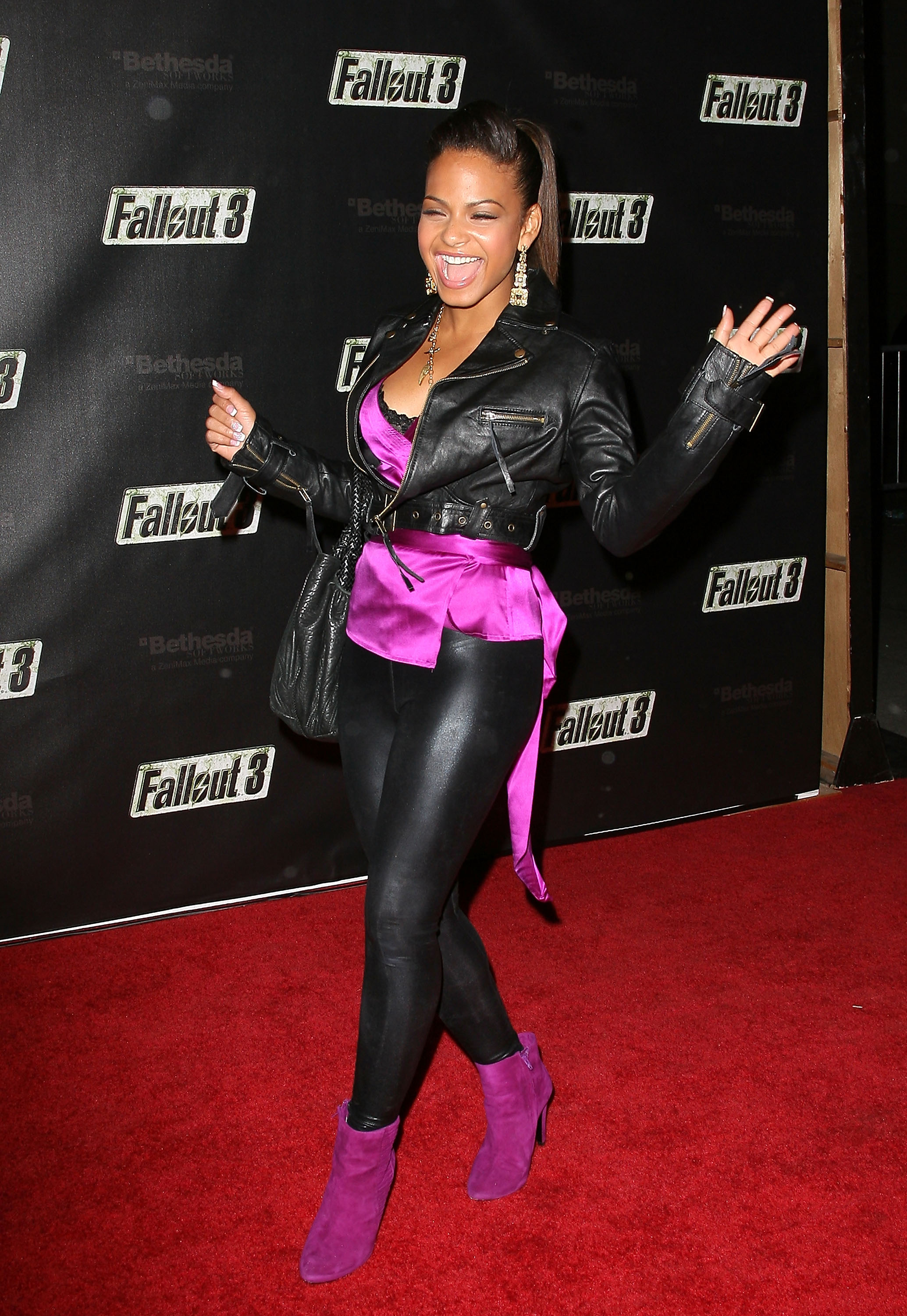 54941_Celebutopia-Christina_Milian-Launch_Party_for_Fallout_3_videogame-05_122_396lo.jpg