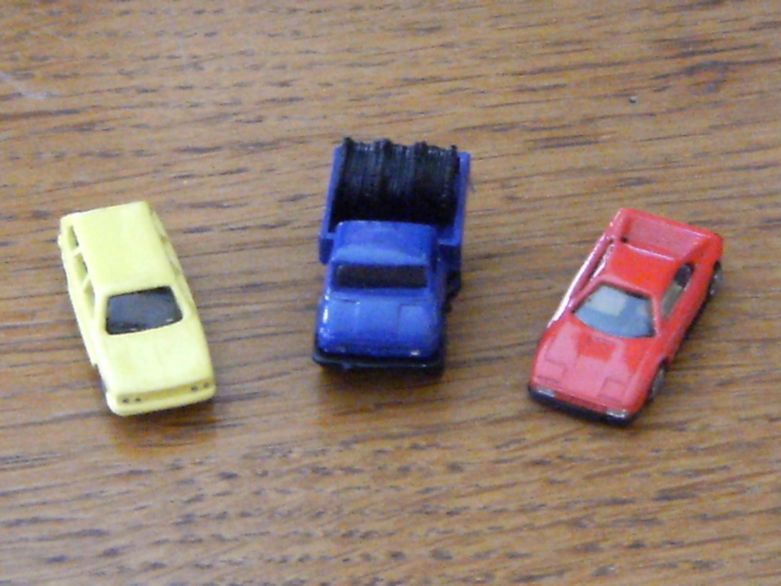 660160137_K1600_cars_122_433lo.JPG