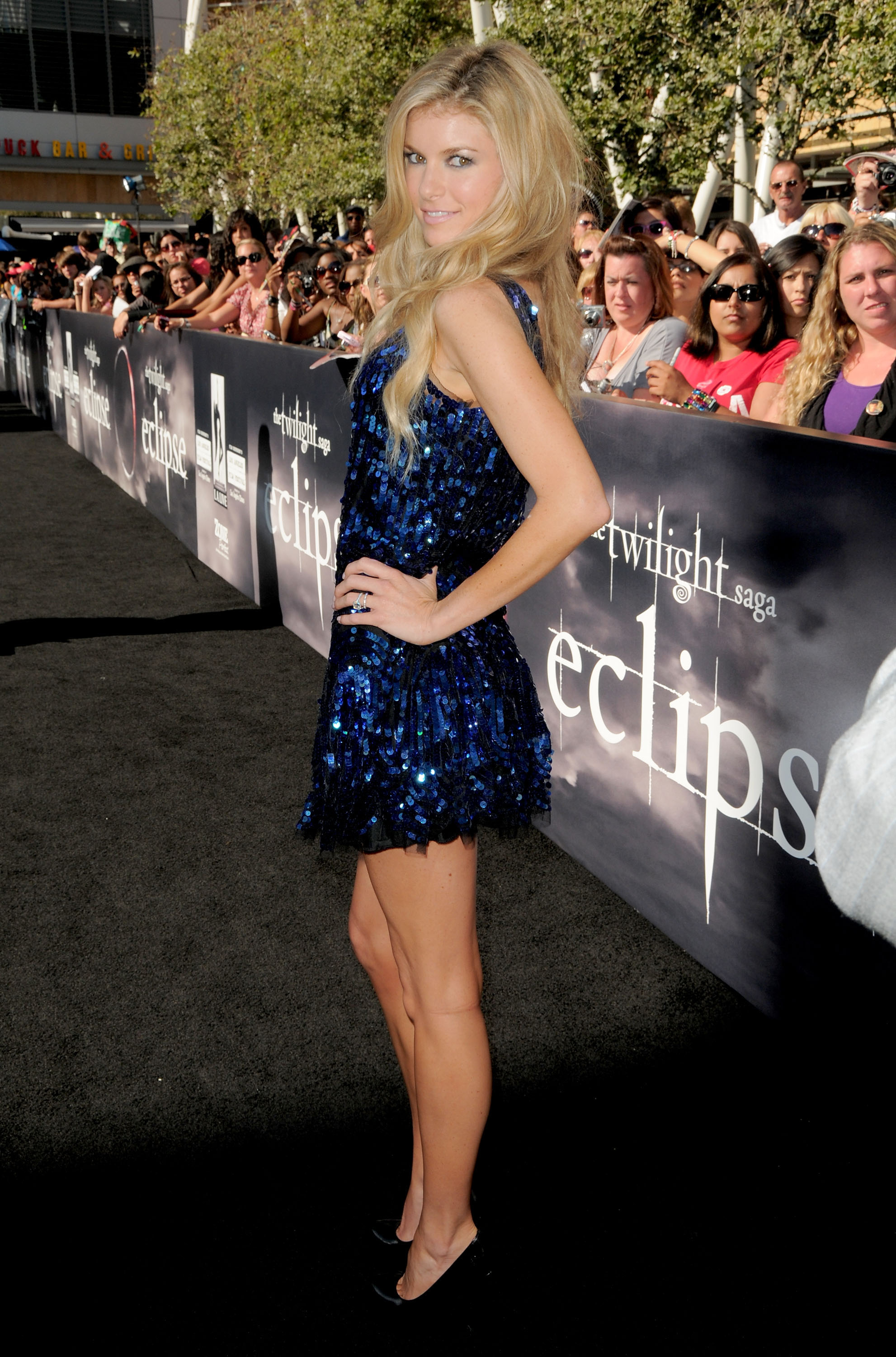 71139_MarisaMiller_Twilight_Eclipse_6_122_423lo.jpg
