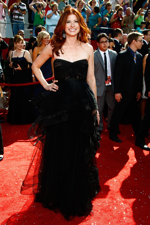 38466_Celebutopia-Debra_Messing_arrives_at_the_60th_Annual_Primetime_Emmy_Awards-03_122_488lo.jpg