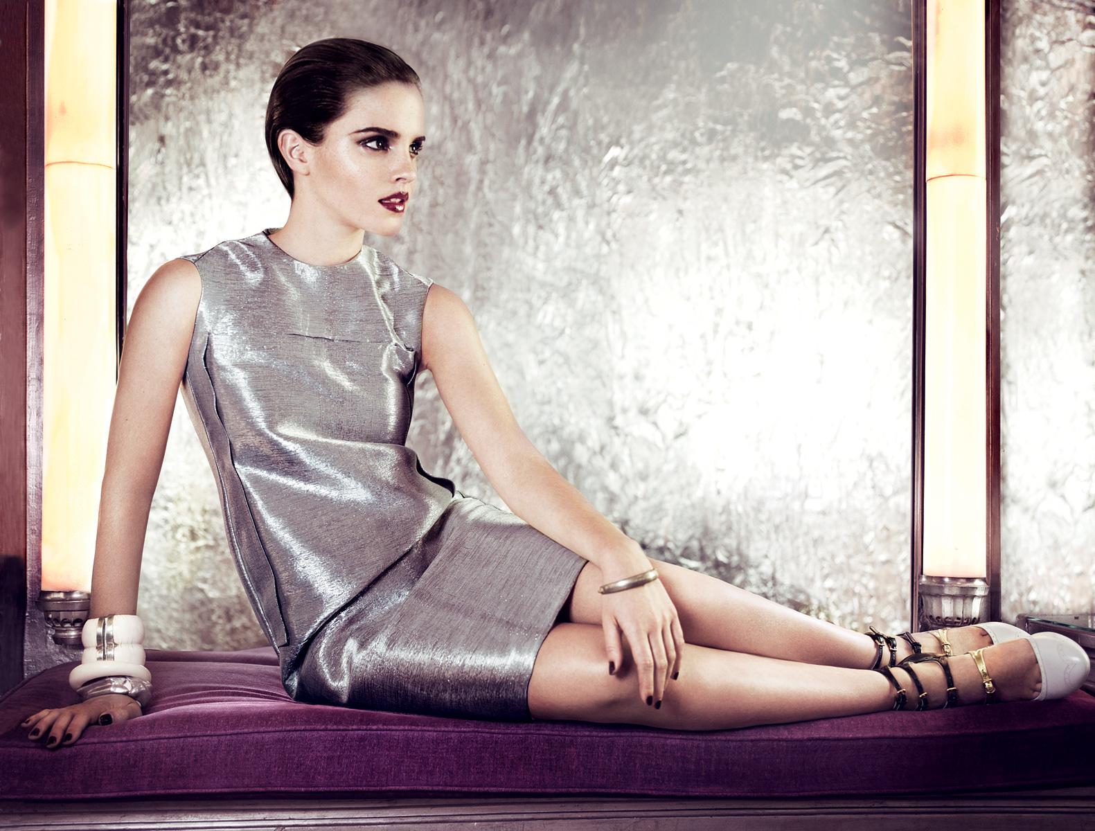 990676802_Emma_Watson_Vogue_Magazine7_122_170lo.jpg