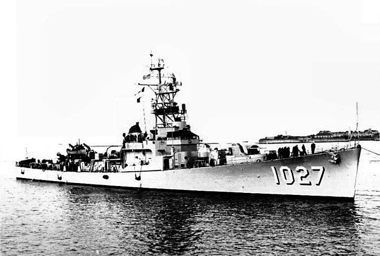 010734104_USS_John_Willis_122_27lo.jpg