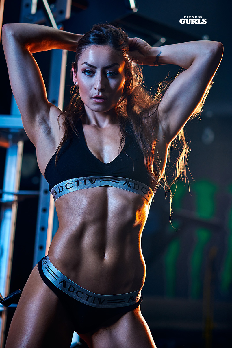 678163944_stephanie_marie_fitness_gurls_05_122_97lo.jpg