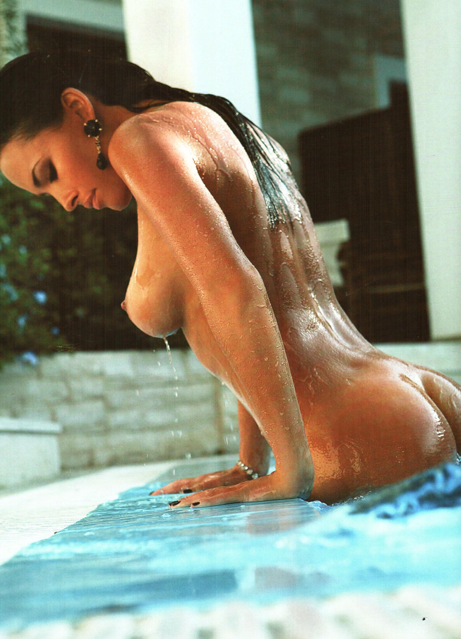 59393_Playboy_Ukraine_12-2007_9_122_442lo.jpg